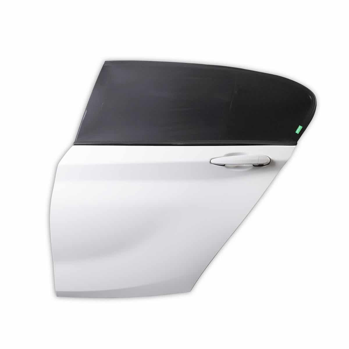 Universal fitting make this sun shade perfect for most cars
