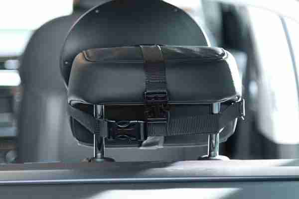 Venture Acti-Vue car mirror attached to car seat headrest