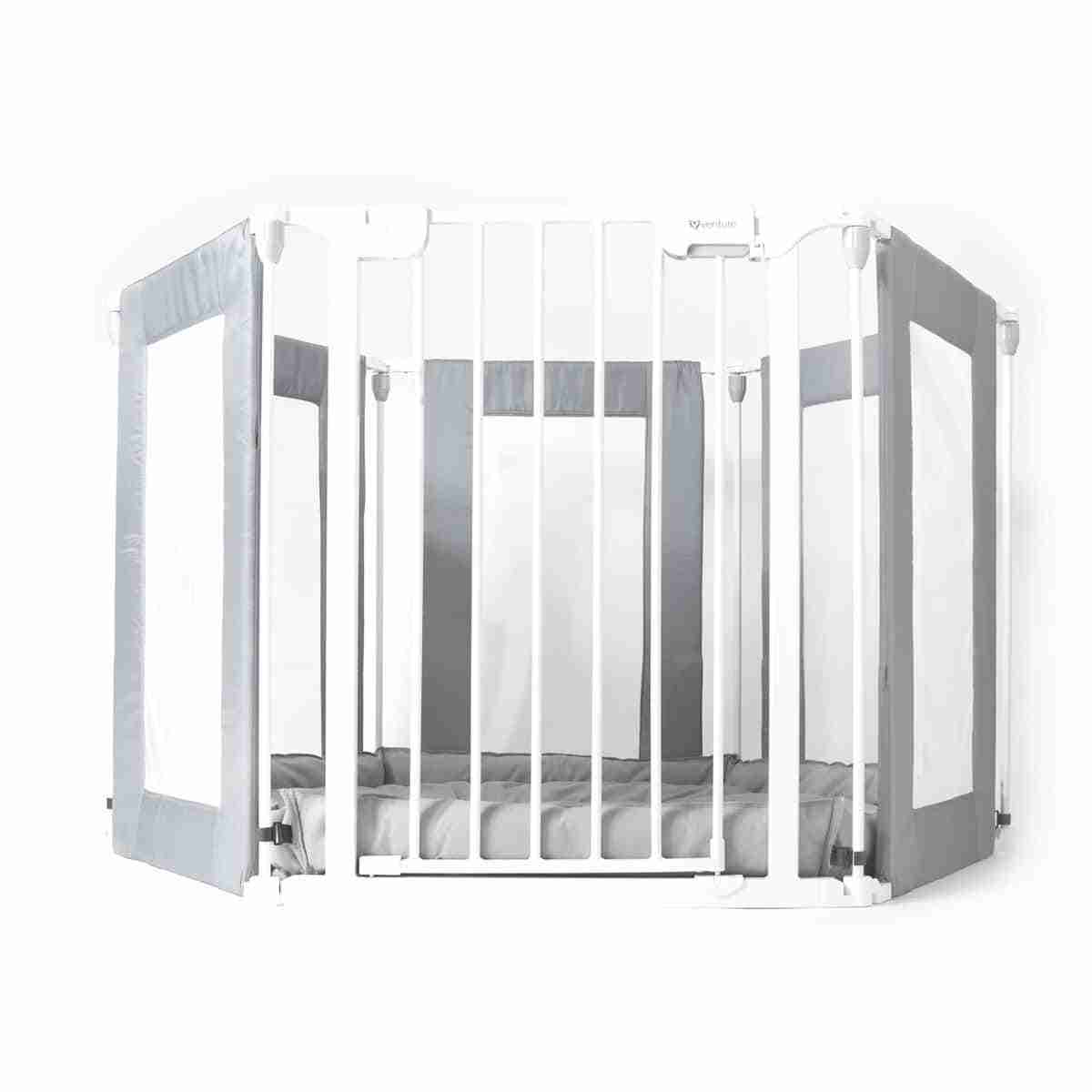 Playpen with built in safety gate
