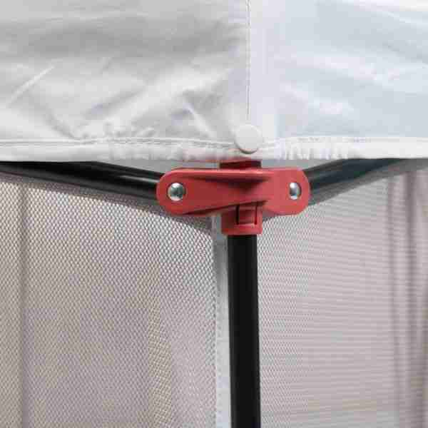 Safety clips prevent the playpen from folding down
