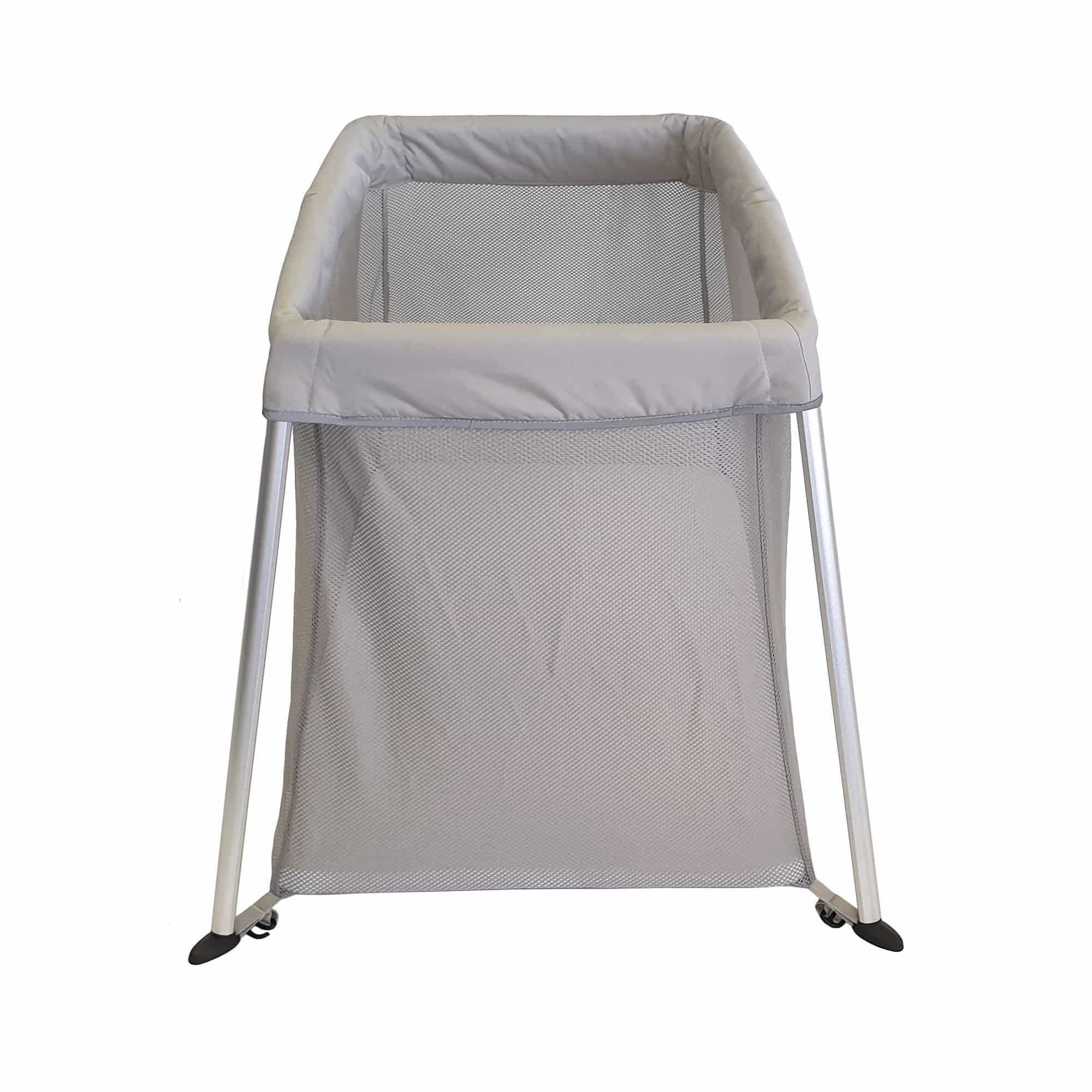 A stylish and sturdy travel cot perfect for babies and toddlers
