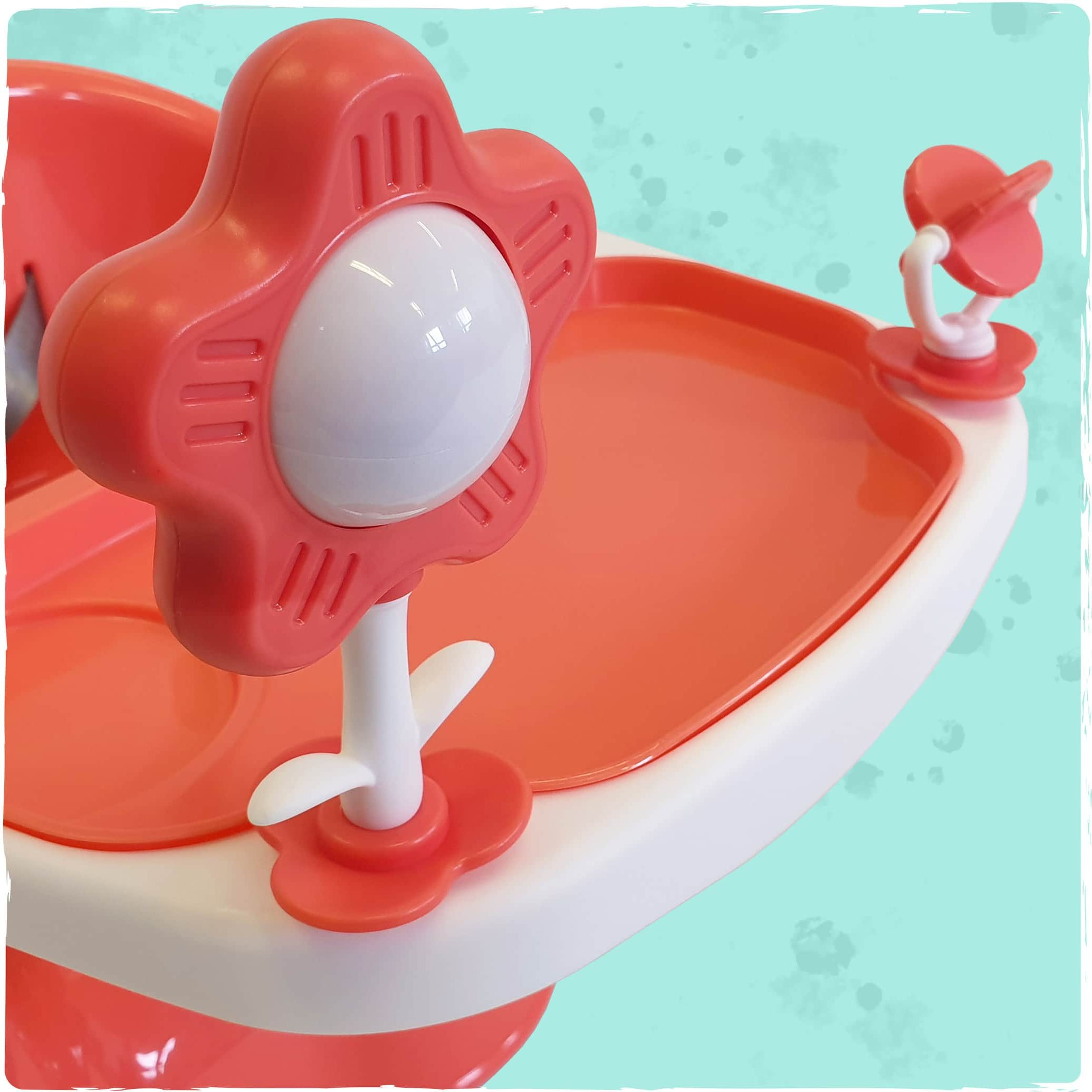 Detachable integrated toys on the Bubble Booster Seat