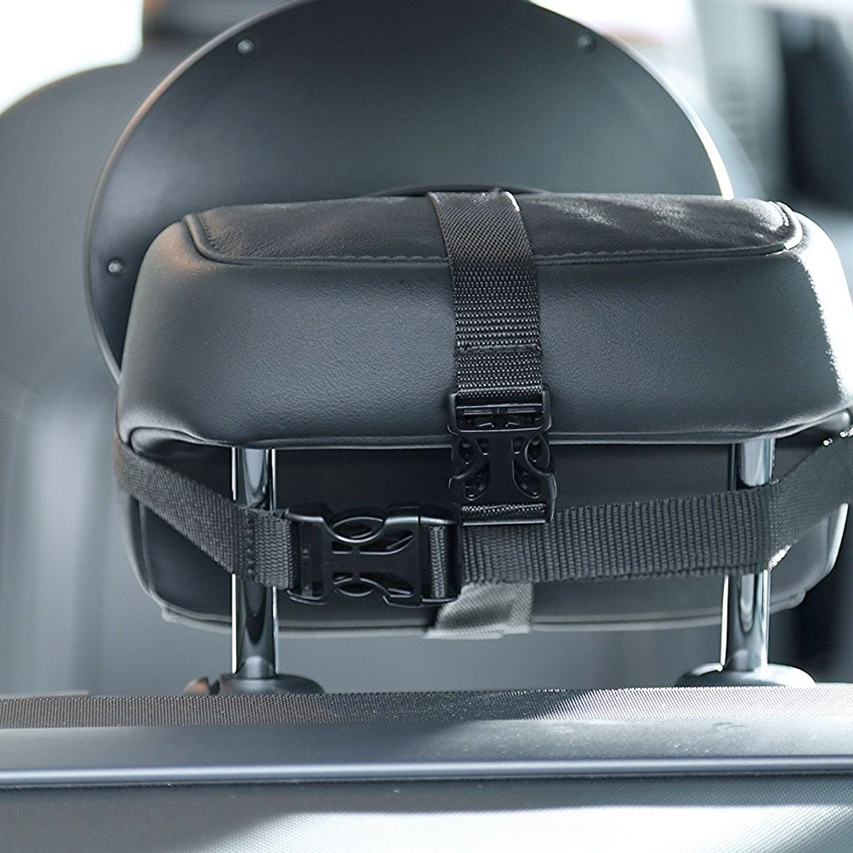 Simply mount the car mirror to the rear headrest