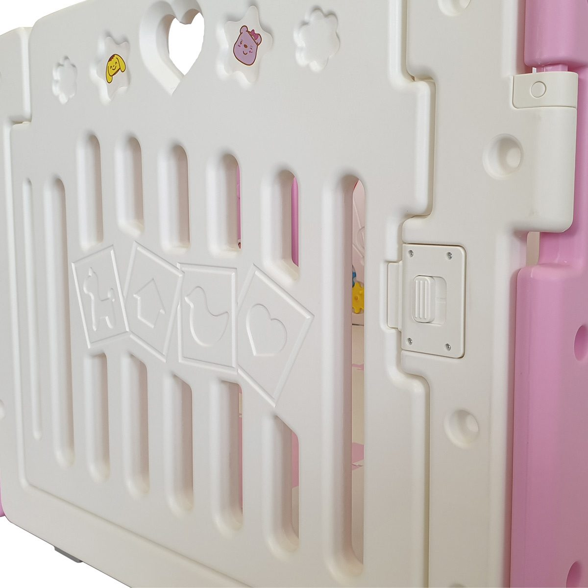 Our pink All Stars DUO playpen features a locking safety gate to keep your child safe as they play