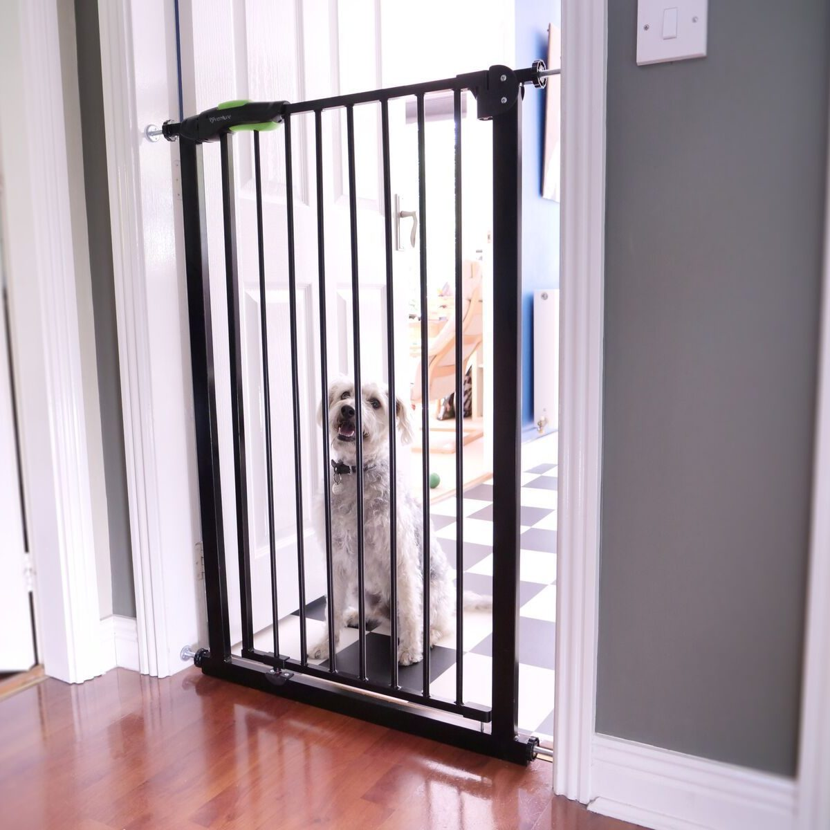 Venture Q Fix Extra tall pressure fit safety gate in black fitted